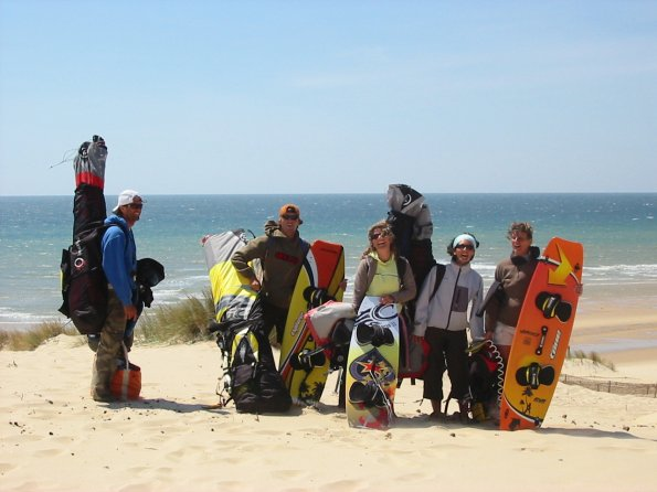 http://kitesurfclublacanau.free.fr/zenphotos/cache/SuperSud-1%20juin%2006_IMG_9590.JPG_595.jpg